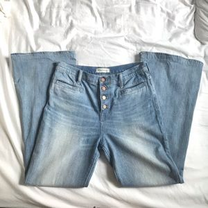 Madewell Flea Market Flare Faded Blue Jeans